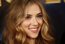 S-a nascut actrita americana Scarlett Johansson, s-a filmat in The Nanny Diaries, Iron Man 2, The Avengers
